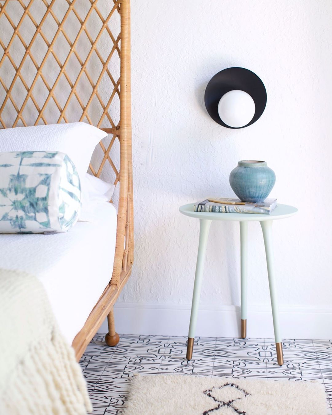 Modern Beach Home Decor With Rattan Bed And Mint Green Side Table