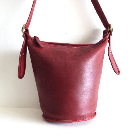 Vintage COACH Red Leather Hobo Bag ~ Bucket Crossbody bag Tote ...