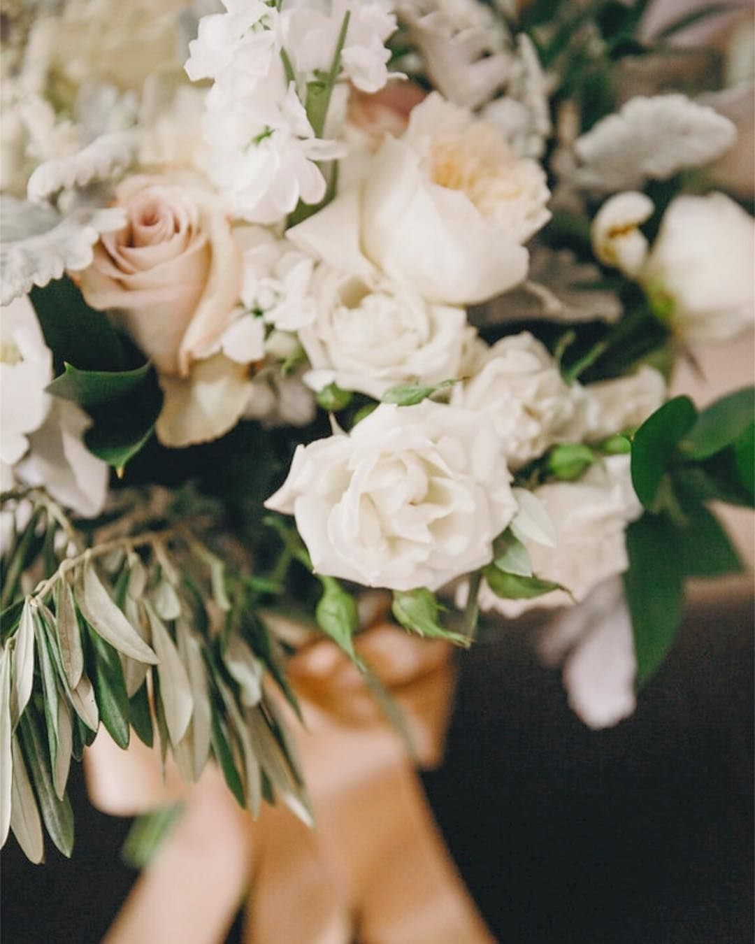 We've Noticed A Trend. Fluffy Pale Bouquets Were The Name