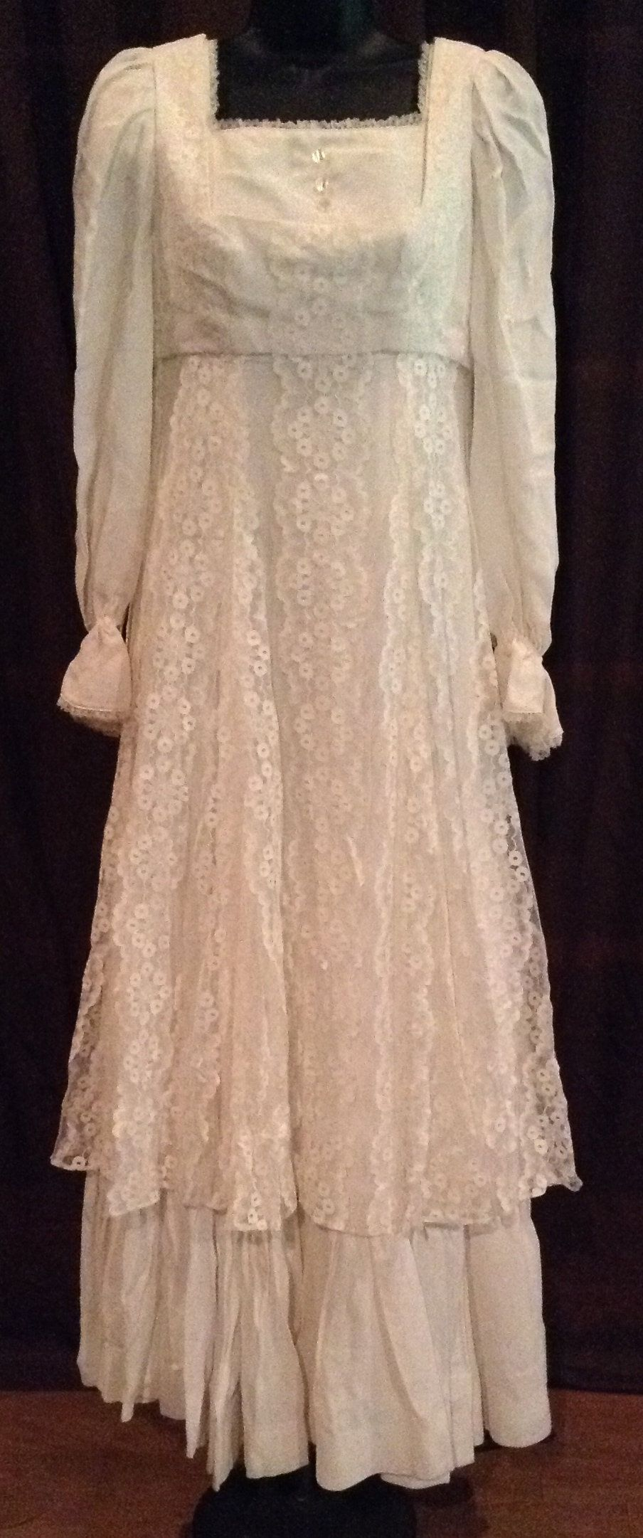 Vintage wedding dress ivory lace hippie style sunflower theme empire