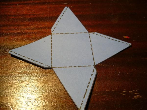 How To Make A Pyramid Out Of Paper