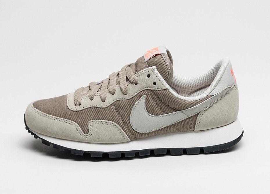 150cb51480b4 Nike Wmns Air Pegasus 83 (Bamboo   Lunar Grey - Light Bone)