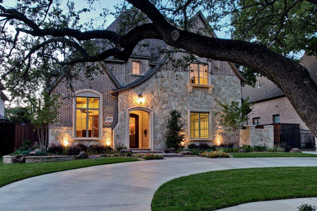 Thomas Signature Homes Luxury Custom Home Builder In Dallas Texas