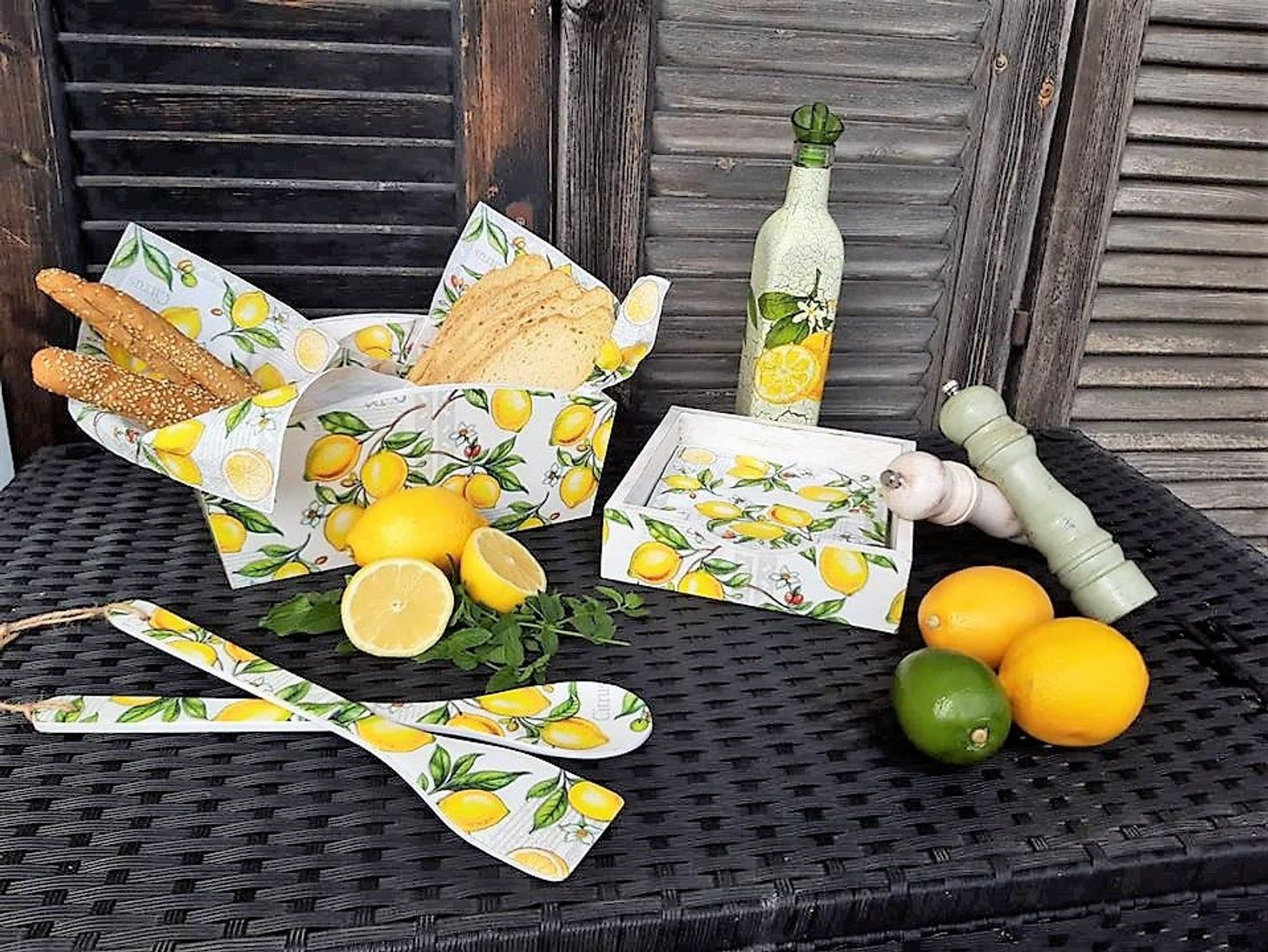 Lemon kitchen decor, lemon farmhouse kitchen, lemon decor