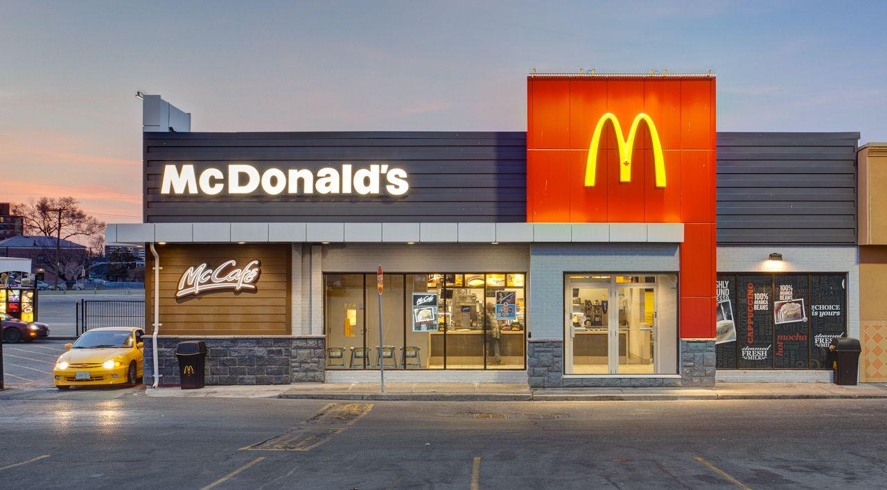 Famous Fast Food Restaurants Around The World