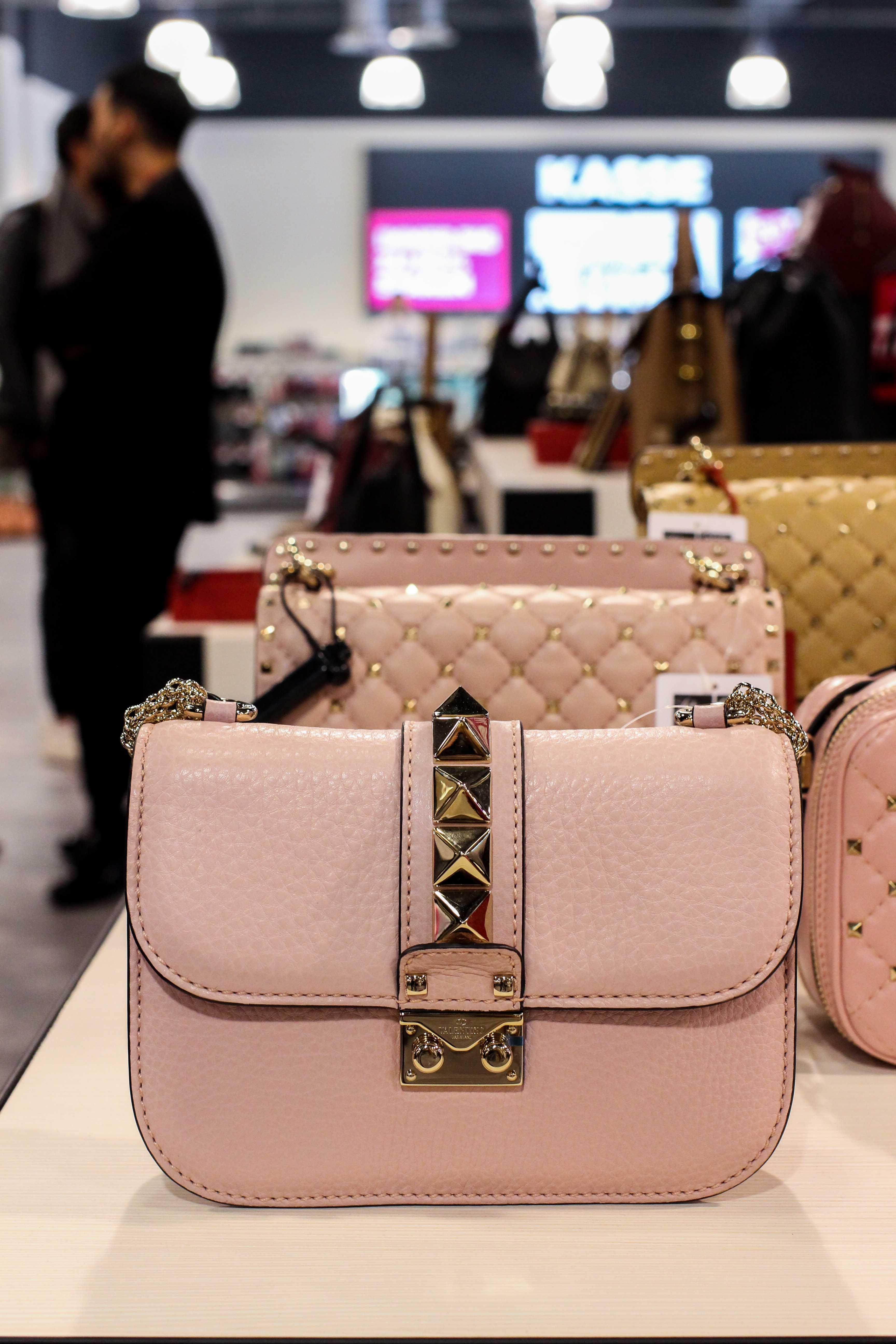 zeitloses Design bestbewertetes Original ankommen Valentino Tasche Rosa günstig Store Opening Saks OFF 5th ...