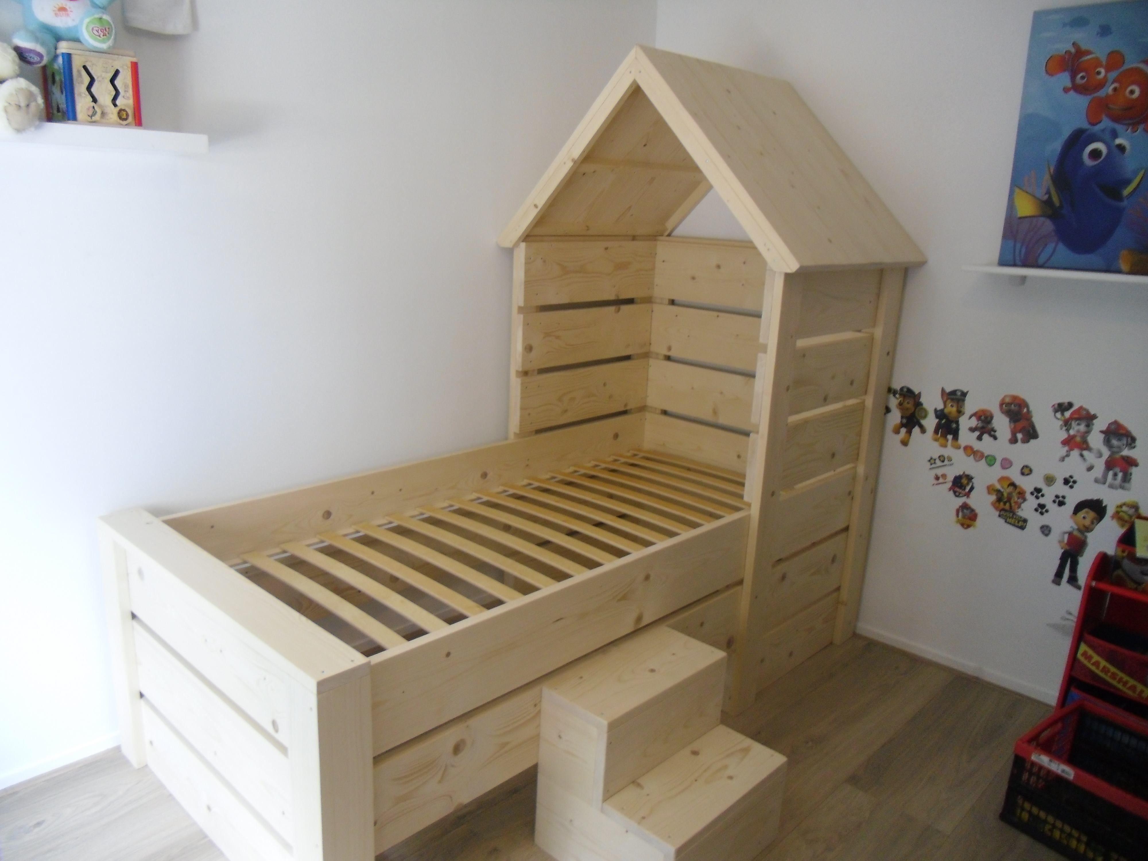 Meubels Voor Kinderkamers : Zon steigerhout meubels kinderbed met huisje merel is geschikt