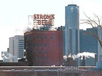 stroh's brewery | The long gone Stroh Brewery on Gratiot, which was torn down in the ...