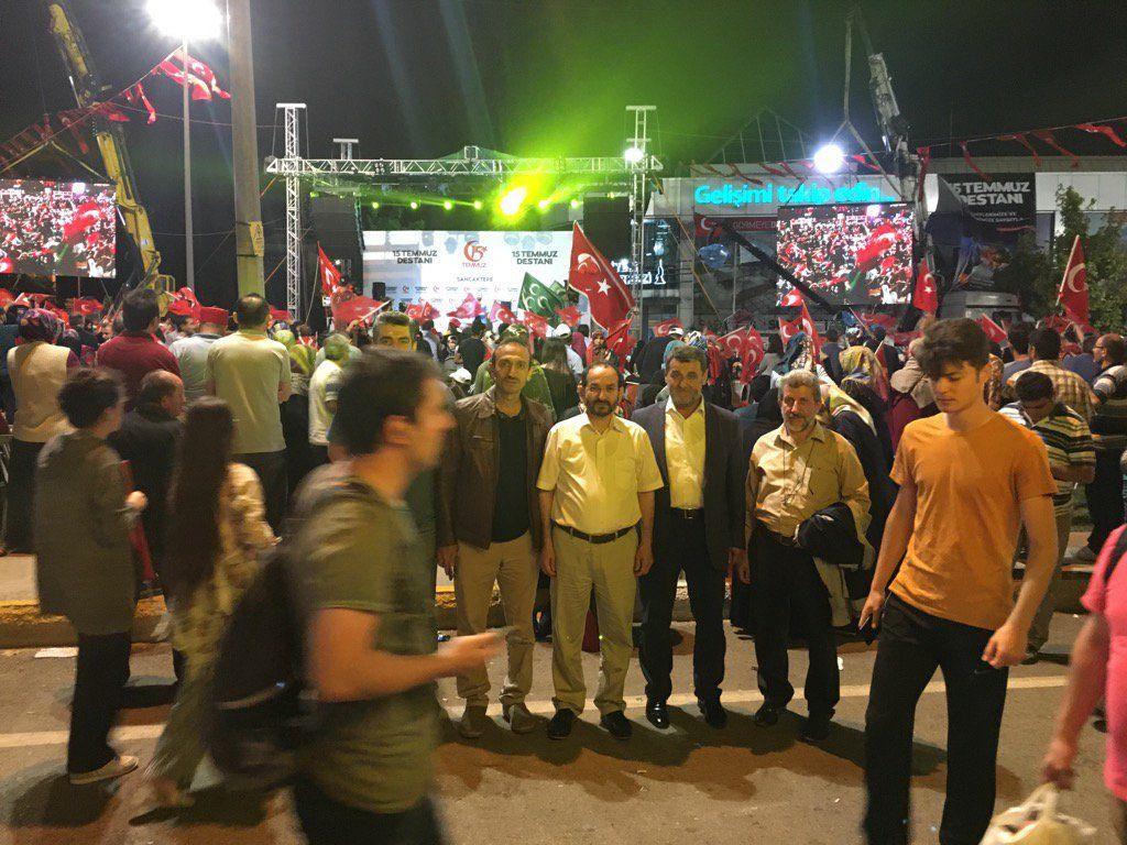 RT @ZEYNELONAL: 15 Temmuz etkinliklerinde İstanbul Sancaktepeyiz. https://t.co/Pro4S62aqv
