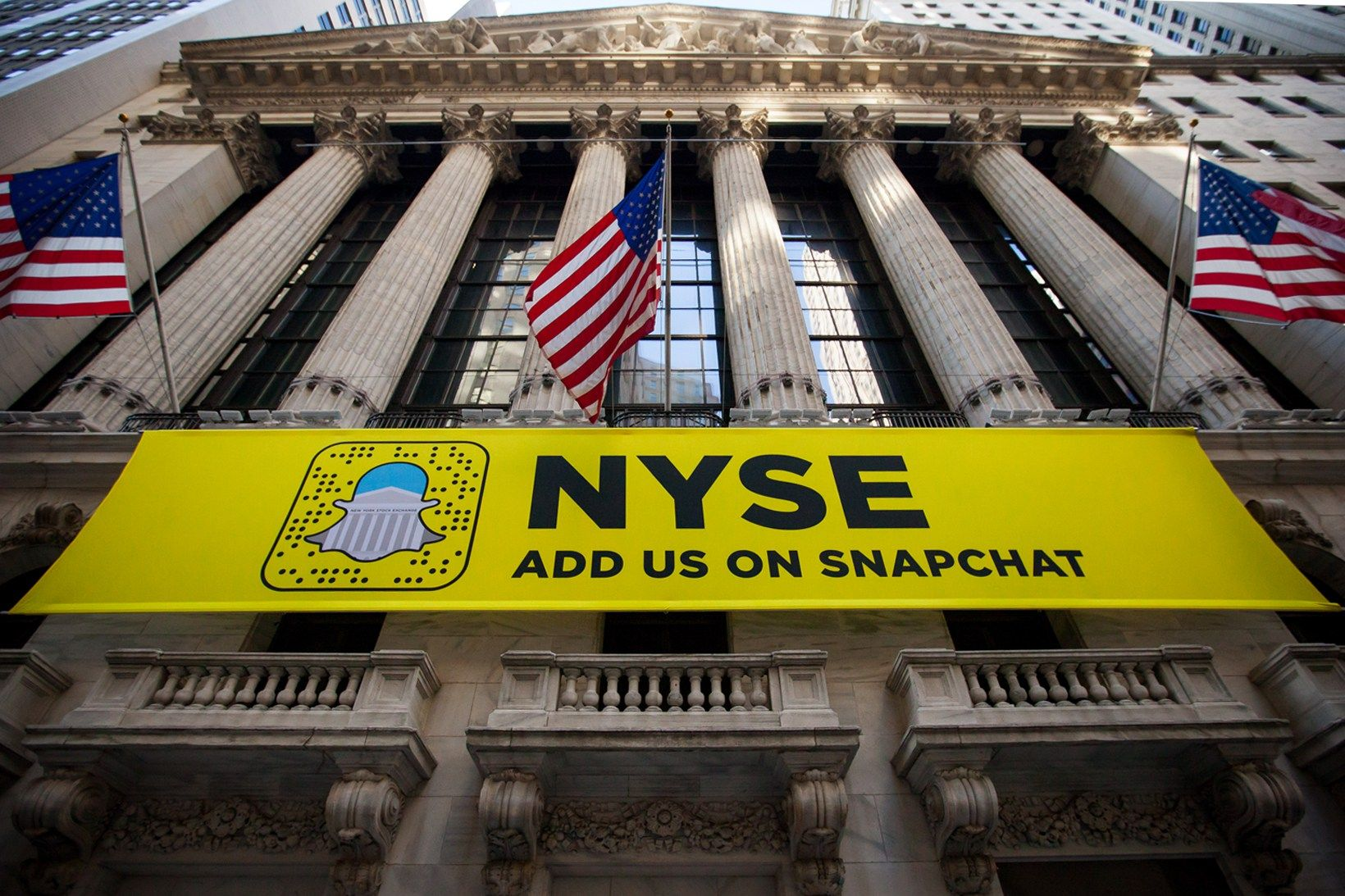 Snapchat's IPO Values at 24 Billion USD Despite Major