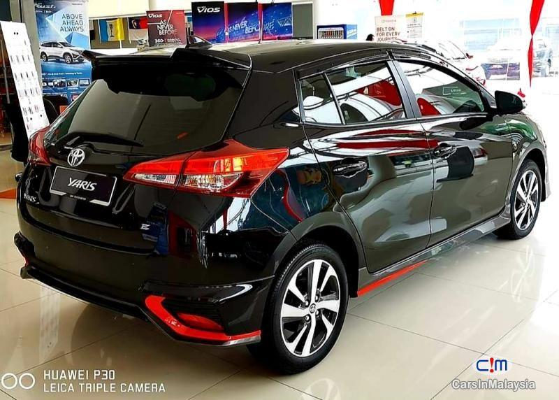 Toyota Yaris 1 5e At Sambung Bayar Car Continue Loan For Sale Carsinmalaysia Com 46824 In 2020 Car Comfort Tinted Windows Car Car Safety