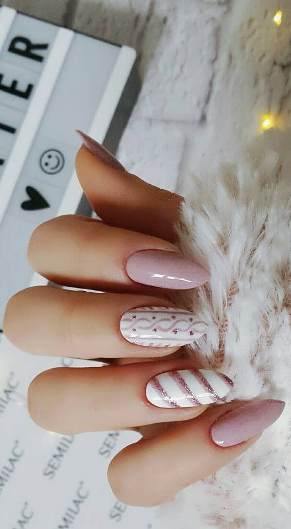 Courses Of Art Painting Of Nails In London Recording And Details About Training On The Website Of The Ecole School Of Beauty With Images Winter Nails Gel Cute Acrylic Nails