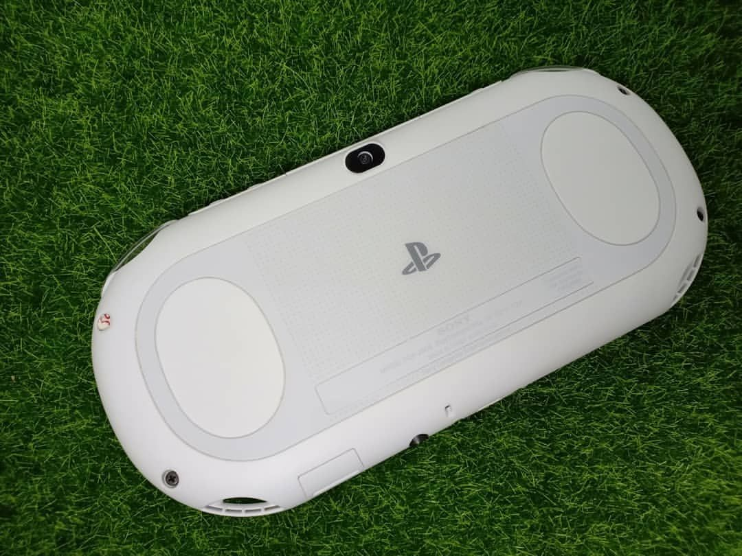 For Sale PS Vita Slim OFW 3 7 (No Hen) include memory 16/64