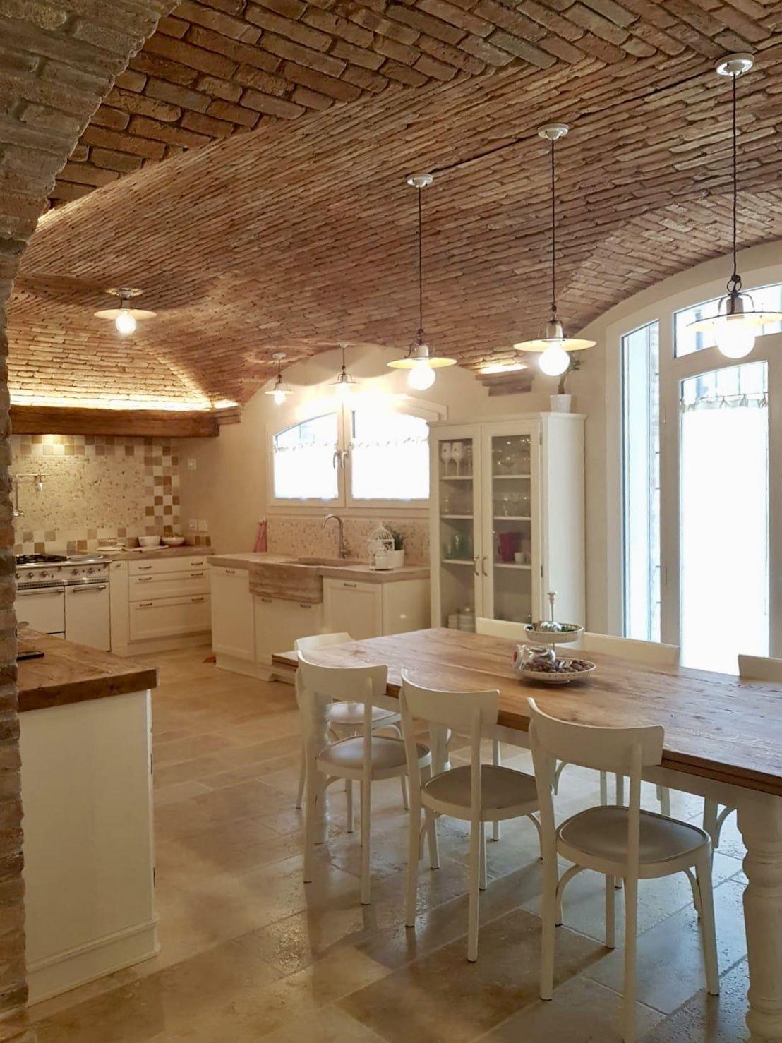 Cucina In Muratura Mattoni A Vista   Per La Residenza Privata ...