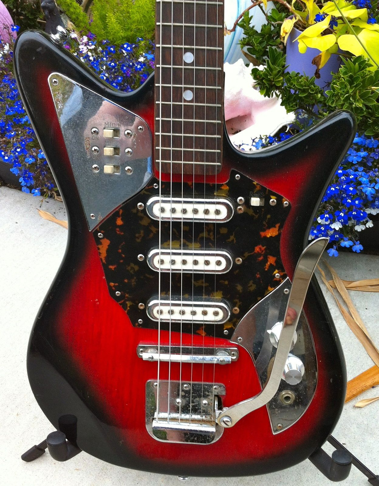d55be24c6de3086995f5dcb66f9eed6e vintage 1960's audition electric guitar by teisco, japan vintage Kingston Guitars 50s at gsmx.co