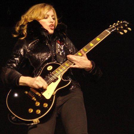 Madonna And Les Paul Nice Combo Les Paul Madonna Gibson Les Paul