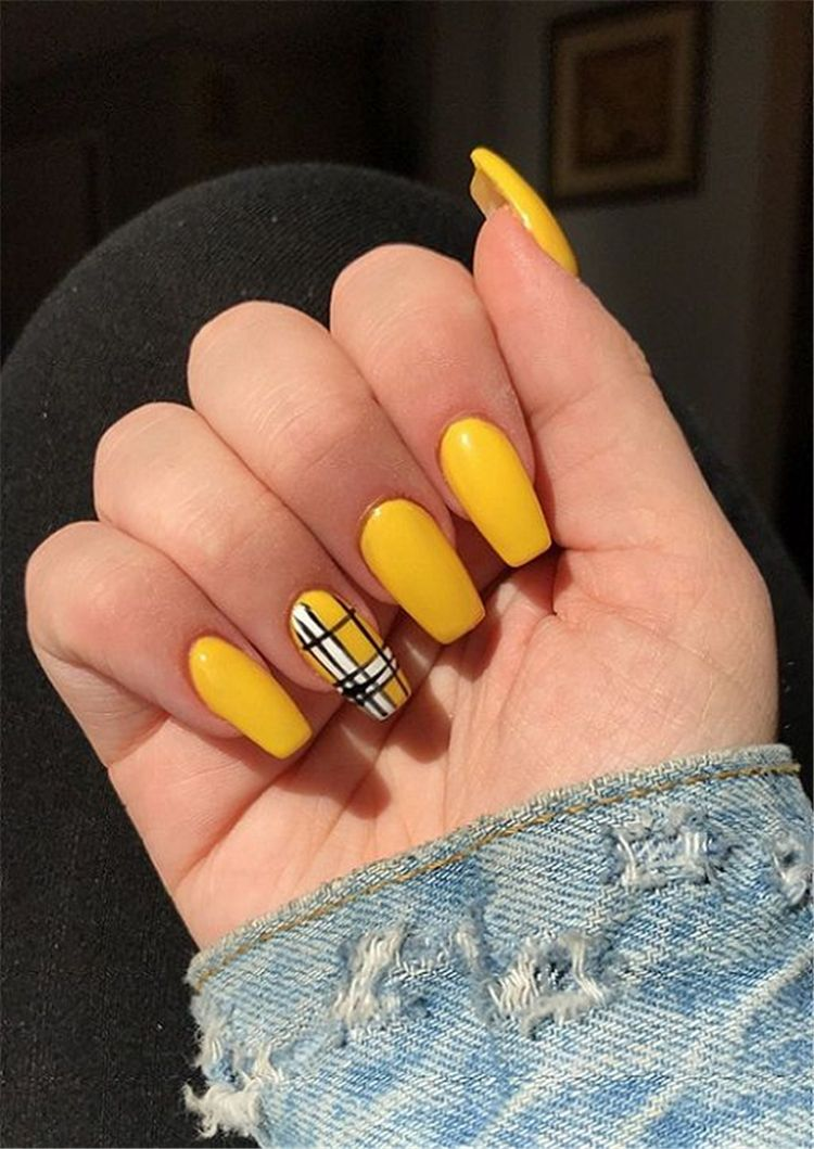 Trendy Yellow Nail Art Designs To Make You Stunning In Summer Acrylic Or Gel Nails French Or Coffin Nail Yellow Nails Pretty Acrylic Nails Yellow Nails Design
