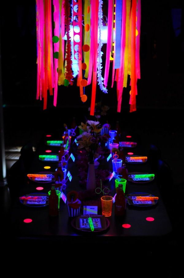 15 Glow In The Dark Party Ideas Neon glow Neon and Dark