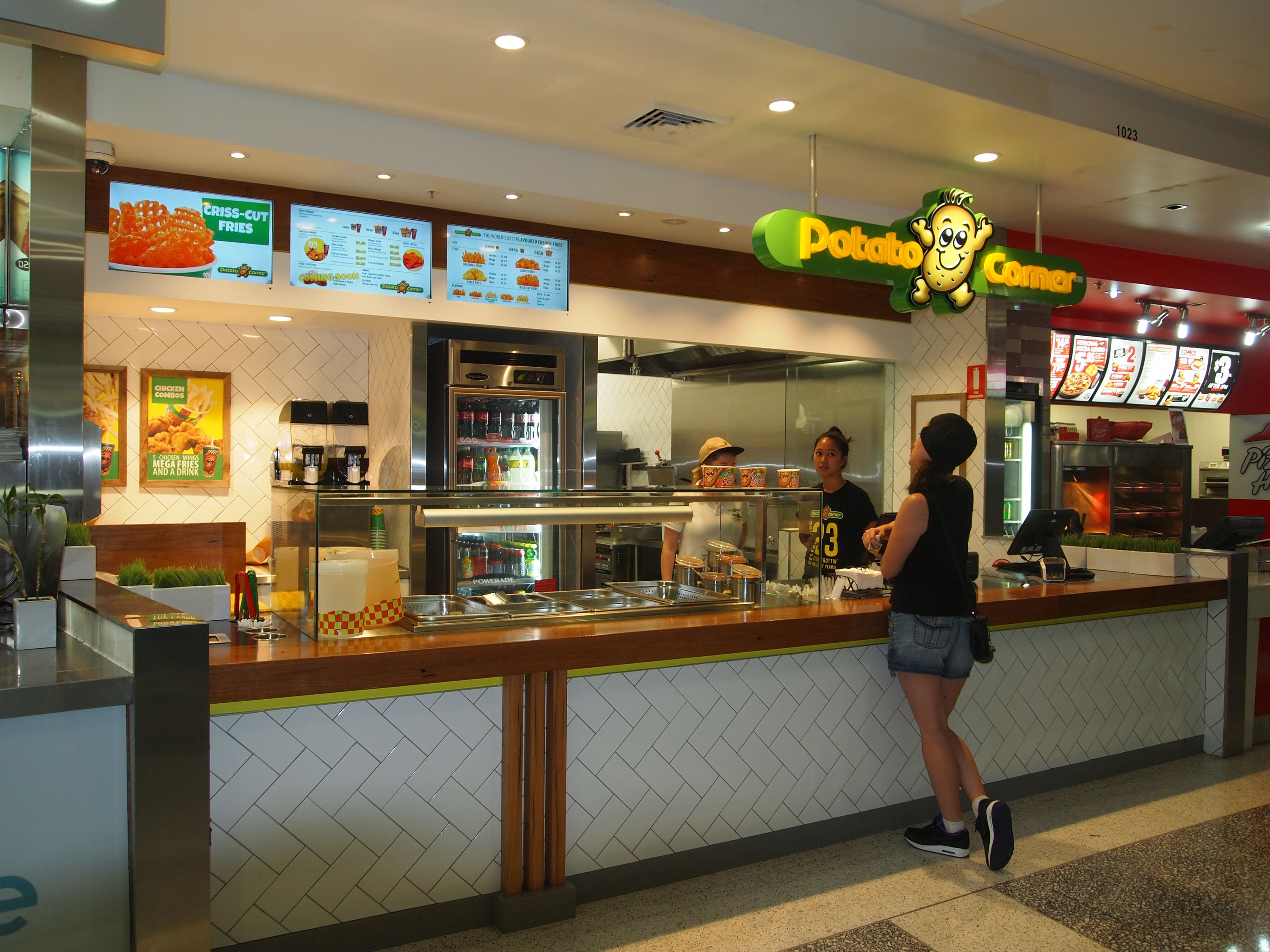 Scope Design A Potato And Chicken Fast Food Franchise To