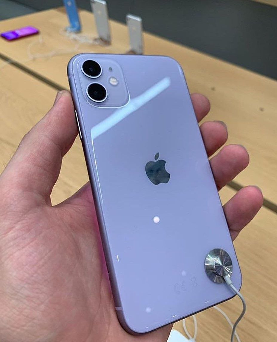 Do You Like The Iphone 11 Purple What Do You Think Yes Or No Produits Apple Accessoires Iphone Telephone Apple