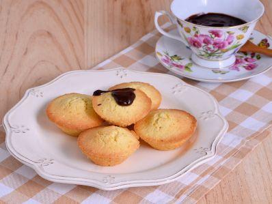 Receta | Madeleines de París con chocolate caliente y especias - canalcocina.es