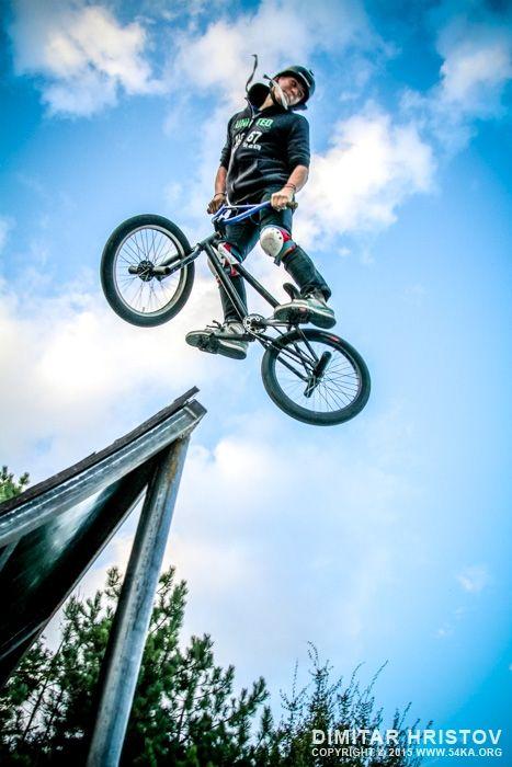 Freestyle Bmx Ramp Jump Bmx Ramps Bmx Freestyle Bmx Bikes