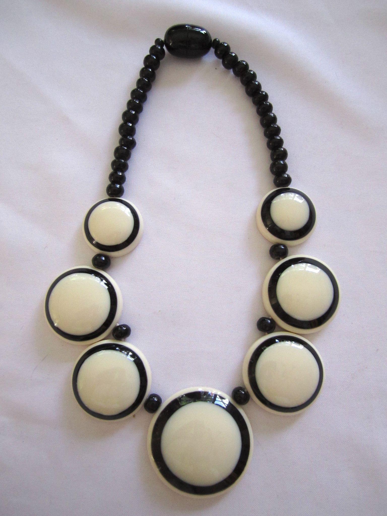 Nepal bone black white necklaces products