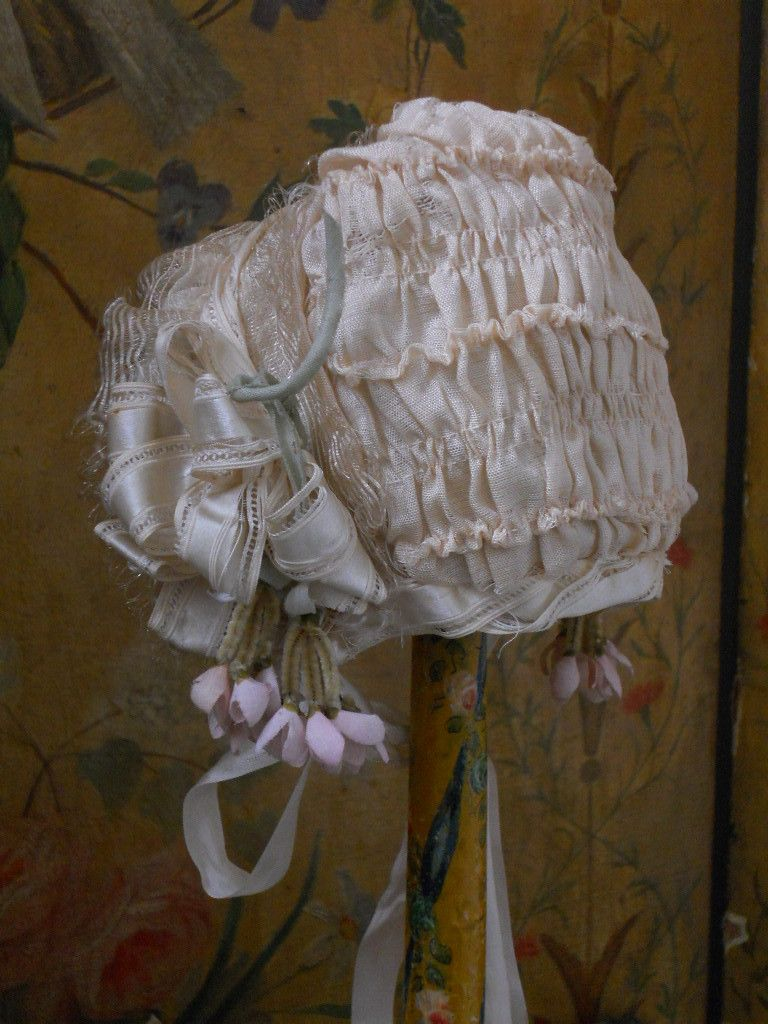 ~~~ Superb French Antique Silk Doll Bonnet / 1890 ~~~