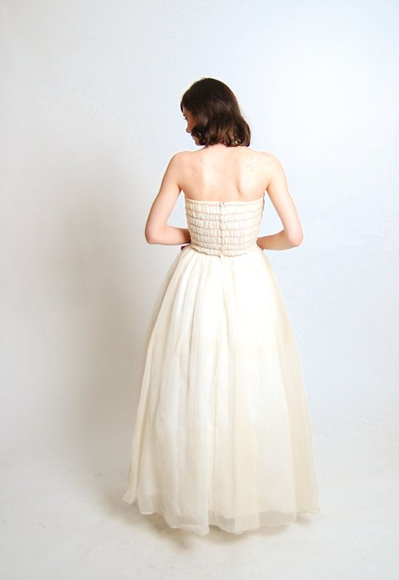 Vintage 1960s Prom Dress - 60s Wedding Dress - White and Raspberry ...