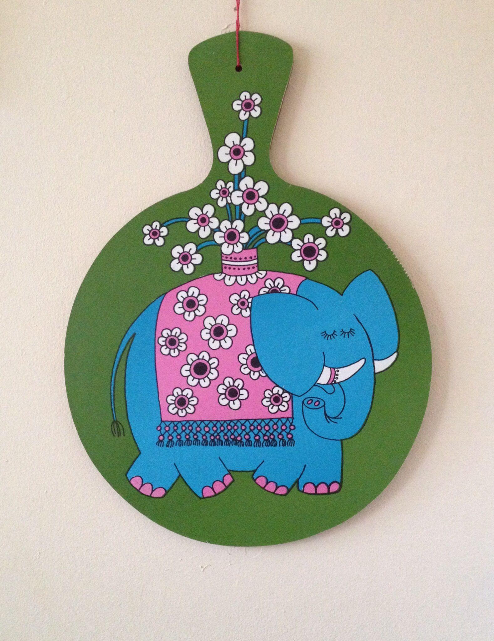 Jan Pienkowski melamine elephant chopping board :)