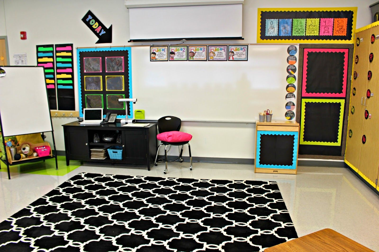 Classroom Decor And Organization : Love this classroom organization to die for neat