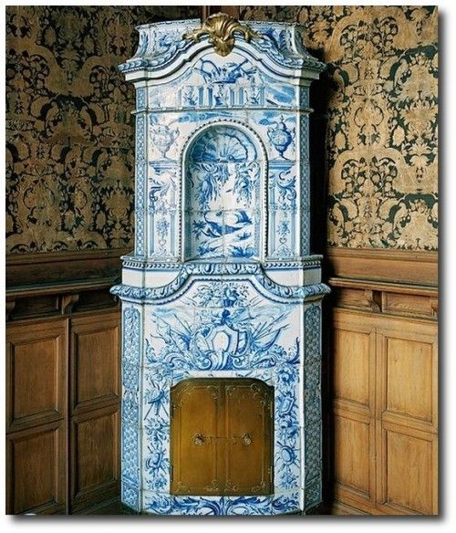 Stockholms Slott 18th century Manor Sweden Gustavian Tiled Stove