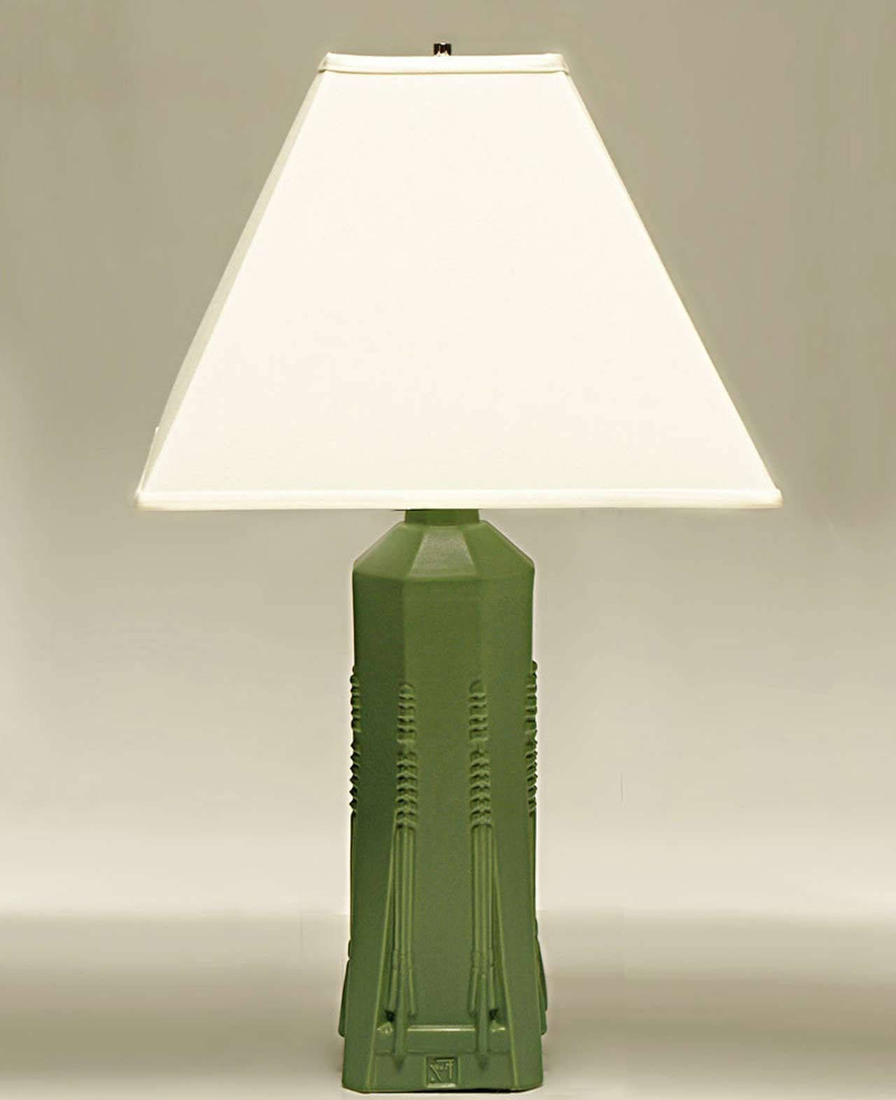 Simple battery operated table lamp design httplookmyhomes simple battery operated table lamp design httplookmyhomes geotapseo Choice Image