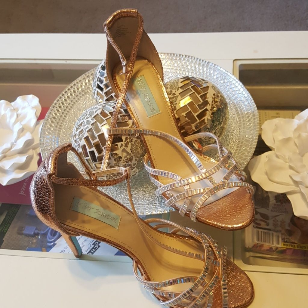 Betsey Johnson Shoes | Betsey Johnson Jeweled Heels | Color: Gold | Size: 9