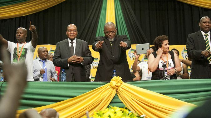 President Jacob Zuma and ANC secretary general Gwede Mantashe (centre) both seem to misunderstand the important role the judiciary plays in South Africa's democracy. (Madelene Cronjé, M&G)