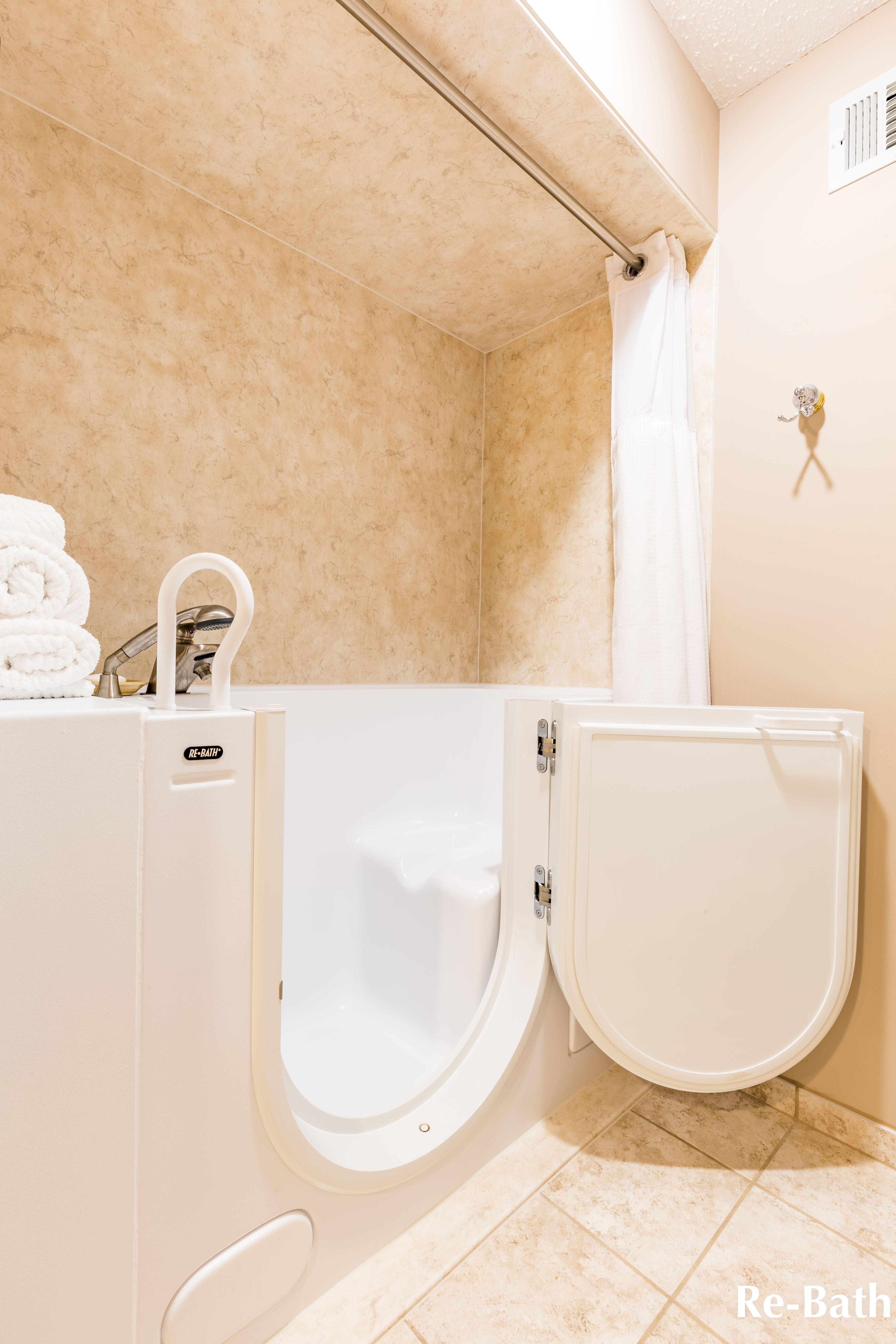 Re Bath Walk In Tub With Durabath Ssp Acrylic Surround In Neutral