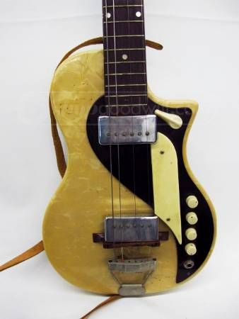shopgoodwill.com - #10176207 - Supro Vintage Electric Guitar - 6/21/2012 6:01:00 PM