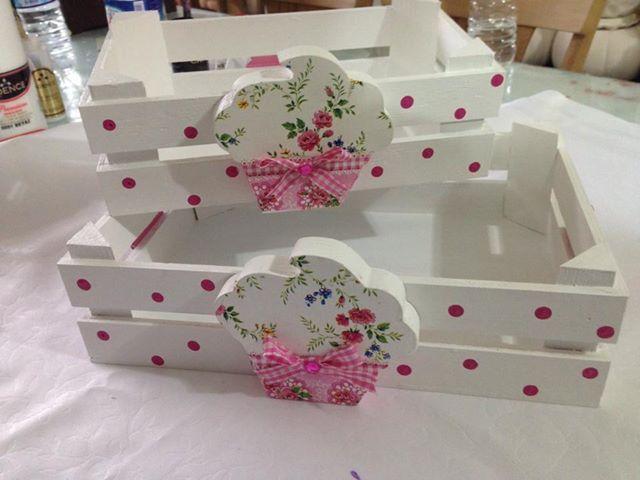 Caixotes ahsap boyama caja de fresas decorada - Como decorar cajas de madera de fruta ...