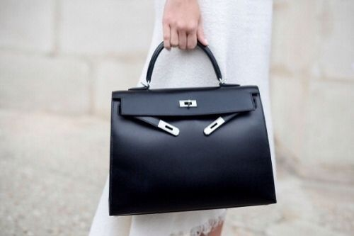 8 Reasons Why Hermès Bags Are Totally Worth Your Money - Designer-Vintage e105a143bc629