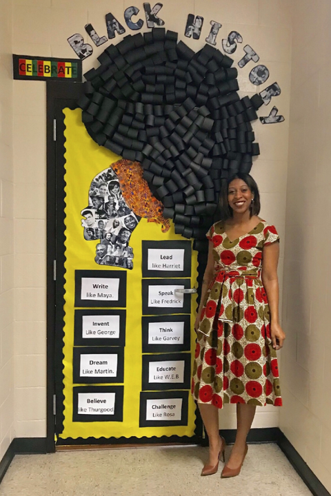 Photo of Teachers Honor Black History Month With Stunningly Decorated Doors