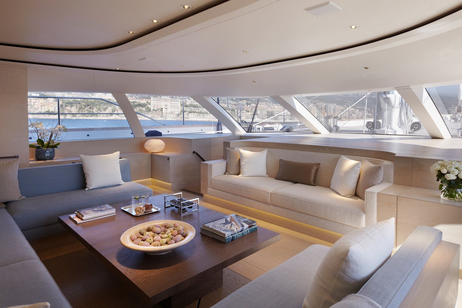 Lounge Bereich | Yacht | Pinterest | Boat interior and Interiors