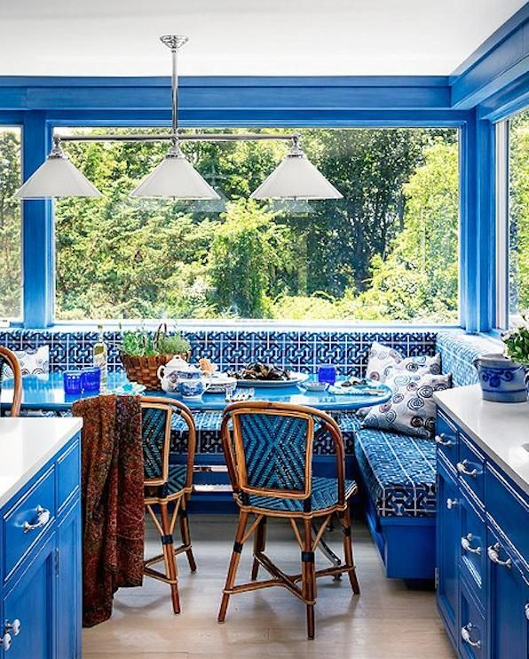4 Elements Could Bring Out Traditional Kitchen Designs: 5 Fresh Kitchen Paint Colors
