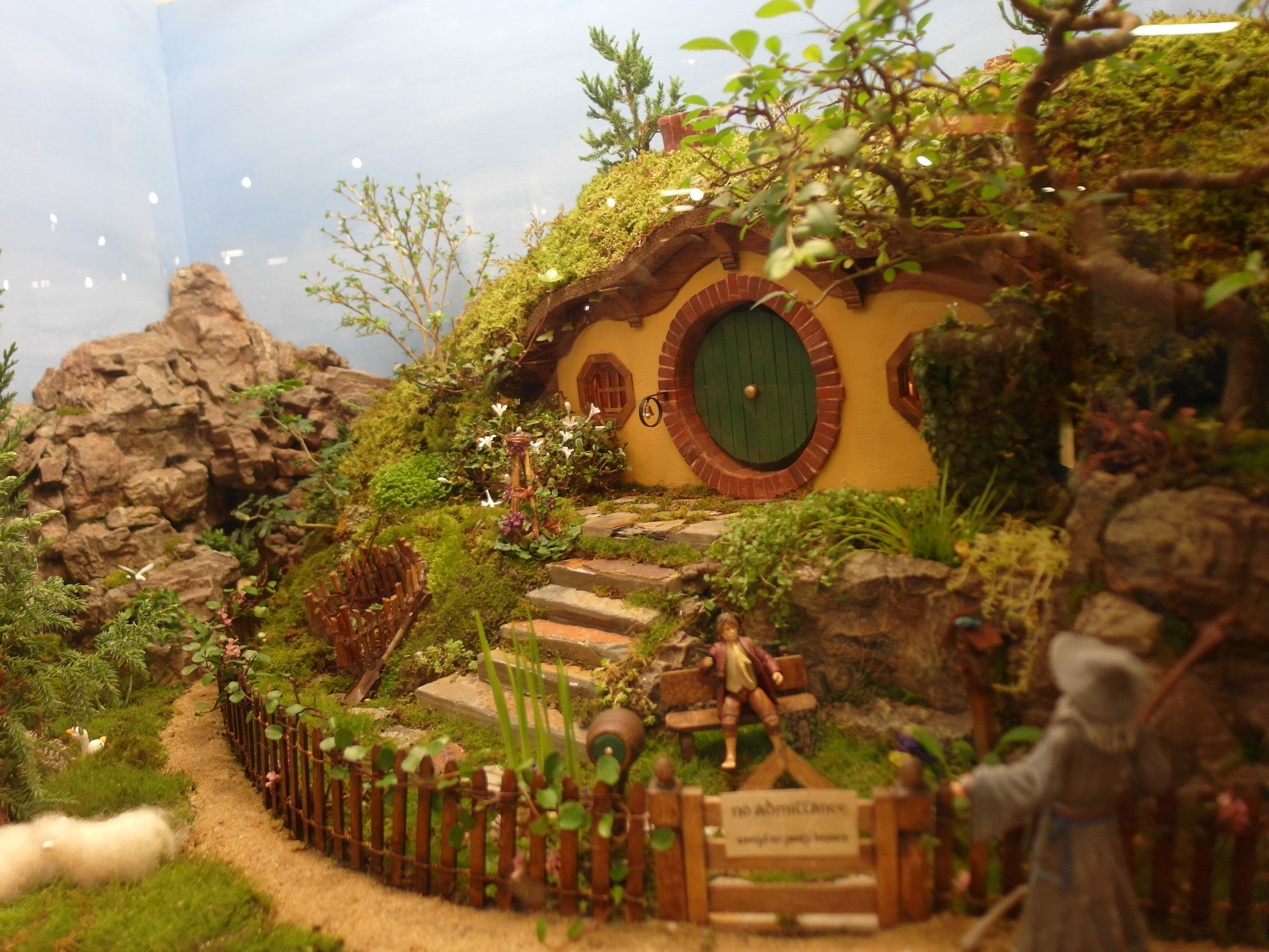 Boston Flower Show | Miniature Gardens: Hobbit Hole | Pinterest ...