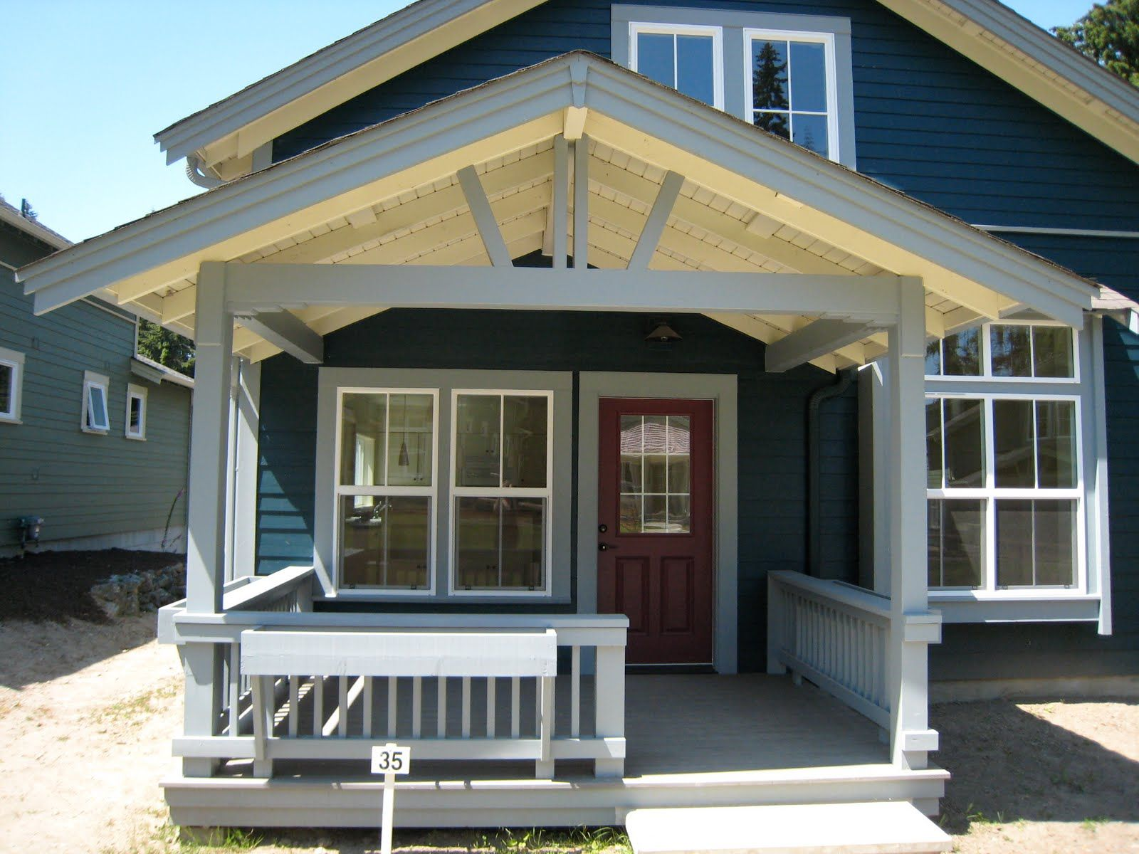 Porch Roof Ideas This Is The Same House With 2 Diffe Roofs