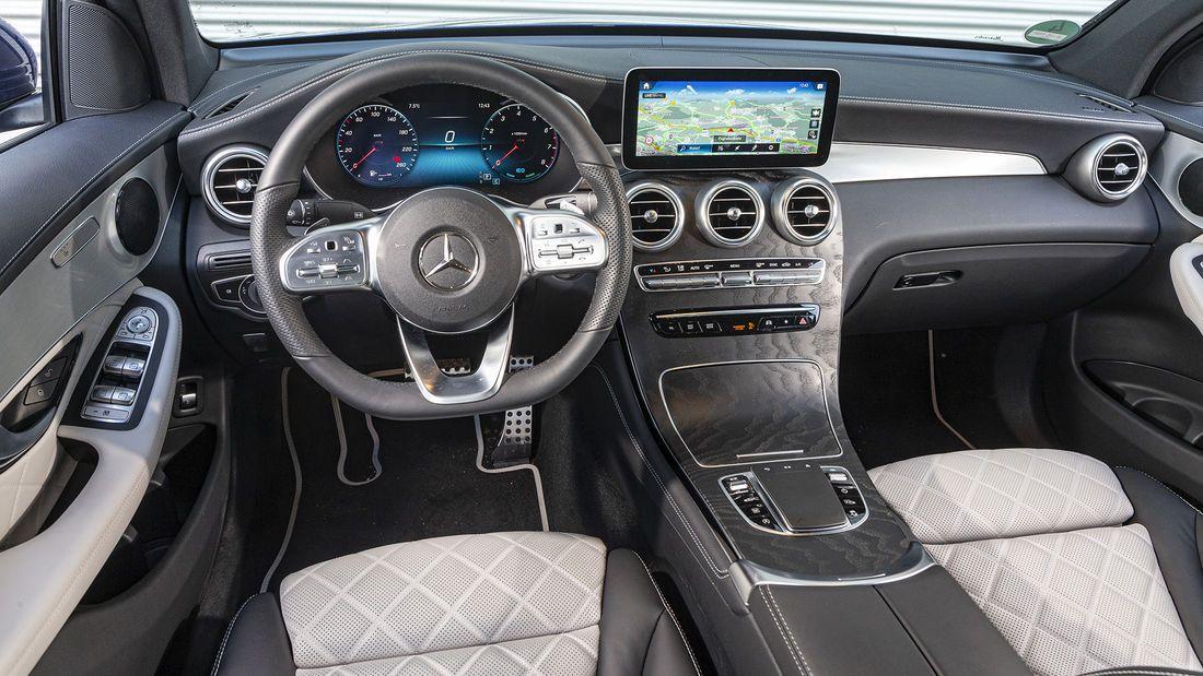 Mercedes Glc 300 Coupe Und Range Rover Velar P250 Range Rover
