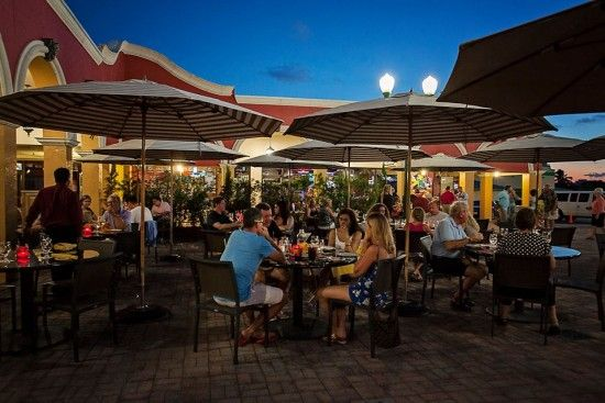 Outdoor Patio At Davinci S Italian Restaurant On Marco