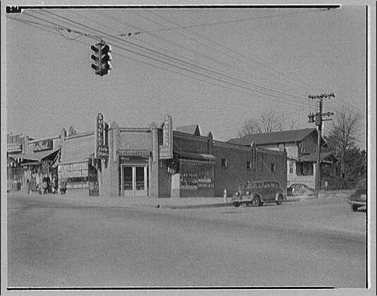 Griffith Consumers Co. Shirley Food Store, Glebe Rd. and Lee Highway