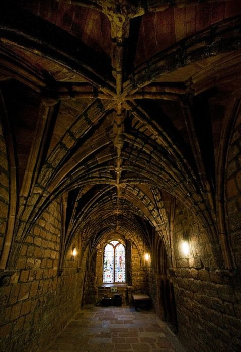 a place to discuss murderous intent in a Medieval Castle English