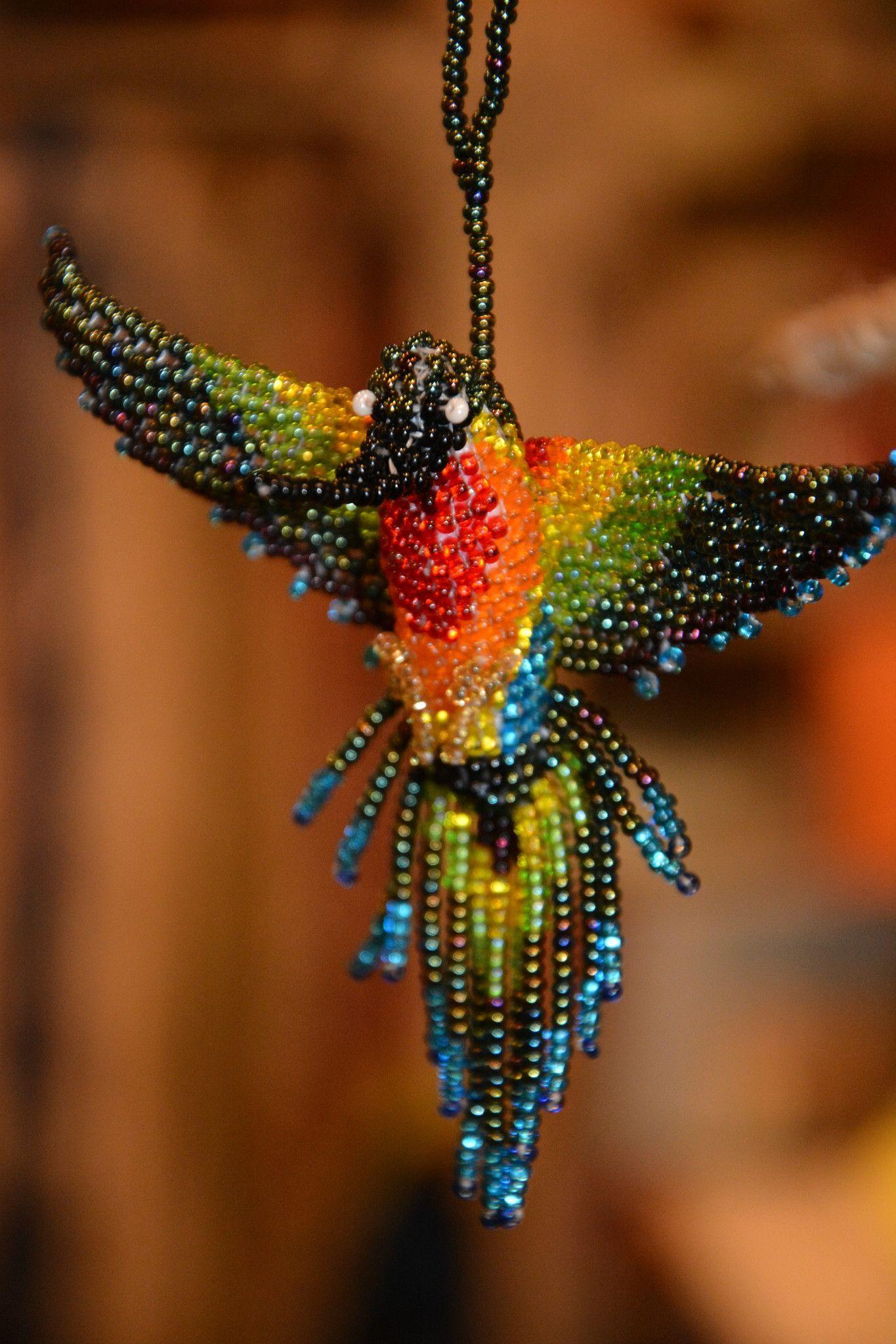 картинки колибри из бисера образом, короткая