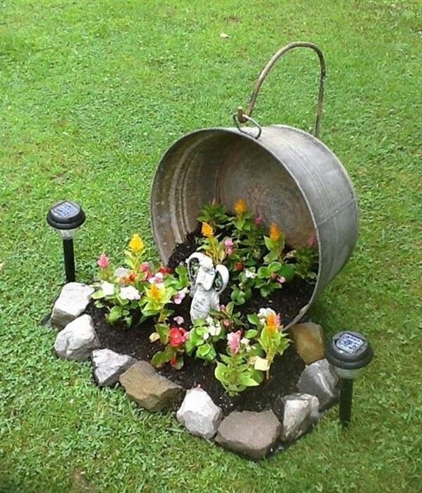 Photo of 18 Hanging Pail Planter Ideas for Garden – Balcony Decoration Ideas in Every Uni…